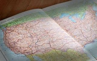 アメリカで事務所をどこに置きますか?
